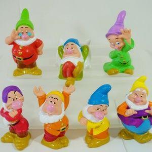 Disney Snow White Seven Dwarfs Vinyl Figurines Set